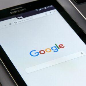 Piensa en cómo buscarán los usuarios tu dominio