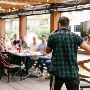 Crea artículos de blog que eduquen a tu audiencia